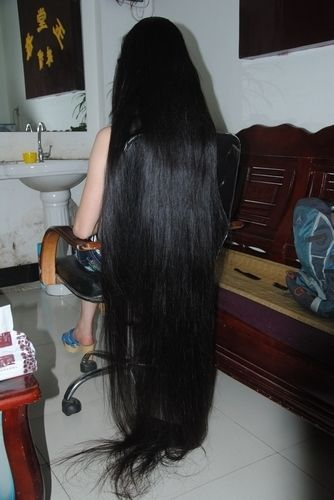 Club Floor Length Hair 2 Pictures To Pin On Pinterest