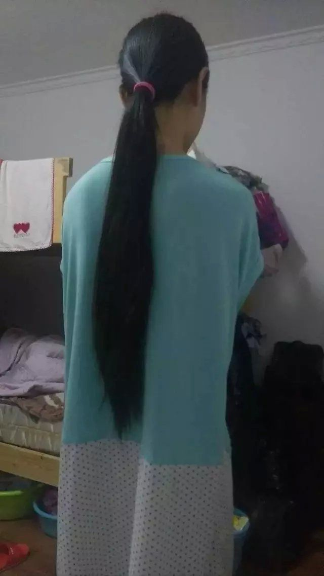 xiaoafei cut 60cm long hair of university student